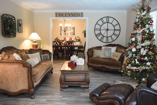 Pearland Home Decor, Gifts, Furniture, And More 10